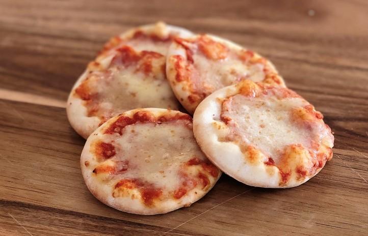 Pizzasnacks van Van Tol